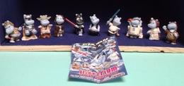 Kinder 2002 : Série Complète Star Wars ( 10 Figurines ) Et Flyer Reprenant Tous Les Personnages De La Série (SUPERBE ! ) - Lots