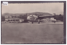 AVION SUR L'AEROPORT DE FUENTERRABIA - TB - Aérodromes