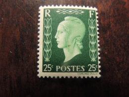 N° 701 D  MARIANNE DE DULAC   COTE  45€  LUXE  NEUF **    MICRO POINT NOIR D ORIGINE - 1944-45 Marianne De Dulac