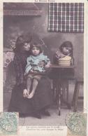 CP - Une Maman Et Ses 2 Filles - Fêtes - Voeux