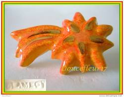 Clamecy ..Porte Bonheur Filet Or ..  N°7 Etoile Filante Orange ...Ref AFF : 55-2008...(boite 2) - Anciennes