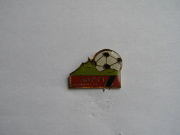 Pins Football.ASPTT Clermont Ferrand - Calcio