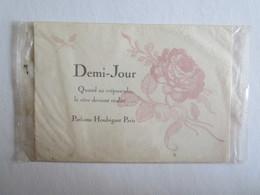 Carte Parfumée Demi-jour Parfums Houbigant Paris - Cartes Parfumées