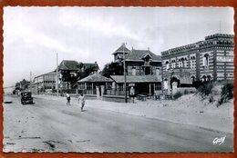33  CPSM Petit Format De LACANAU-OCEAN   Boulevard De La Plage    Joli Plan Animé Peu Courant  1952    Bon état - France