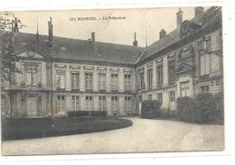 """372. BOURGES . LA PREFECTURE + CACHET MILITAIRE """" LE VAGUEMESTRE DE L'HOPITAL """" DU 25-3-1915 . 2 SCANES - Bourges"""