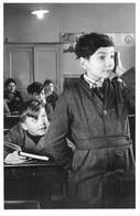 """Robert DOISNEAU - PHOTOGRAPHE - """"L'ENTRAIDE SCOLAIRE"""" - 1945 - BELLE EDITION ARTISTIQUE;éditions Du Désastre - Photographs"""