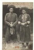 Carte Postale Ancienne Indochine - Mans Ta Pan (Homme Et Femme) Région De Chamg Poung, Près De Dong Van - Vietnam