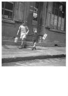 """Robert DOISNEAU - PHOTOGRAPHE -""""LES PETITS ENFANTS DE CHOISY"""" - 1944 - BELLE EDITION ARTISTIQUE;NOUVELLES IMAGES - Photographs"""