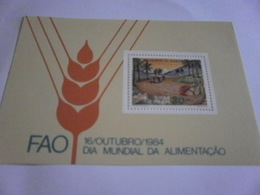 Miniature Sheet Perf  1984 World Food Day - Sao Tome And Principe