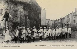 """Edition """"Cartes D'autrefois """" Thème: Folklore Et Traditions Auvergne - Puy De Dome - Sanxillanges - Les Cornards - Manifestazioni"""
