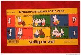 Kinderzegels; NVPH 2370 (Mi Block 93) ; 2005 POSTFRIS / MNH ** NEDERLAND / NIEDERLANDE / NETHERLANDS - Unused Stamps