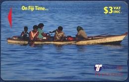 FIJI 3 DOLLARS GPT MAGNETIC PHONECARD TELECARTE FIJIAN WOMEN PUNT FISHING 1999 - Fiji