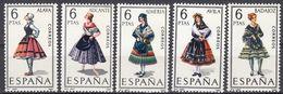 ESPAÑA - SPAGNA - SPAIN - ESPAGNE- 1967 - Lotto Di 5 Valori Nuovi MNH: Yvert 1426 E 1428/1431. - 1931-Oggi: 2. Rep. - ... Juan Carlos I