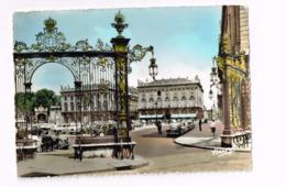 La Place Stanislas Et Le Grand Hôtel.Autos. Citroën 2 CV - Nancy