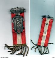 B -0001-  Trés Rare  Ancienne Epinglette DIRIGENT Caecilien Veiren Dioecese Strasburg - Autres Collections
