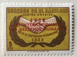El Salvador - MH* - 1968 - # 780 - El Salvador