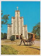 1670/ MAJUNGA, Madagascar. La Cathédrale / Cathedral. Rickshaw. - Non écrite. Unused. No Escrita. Non Scritta. - Madagaskar