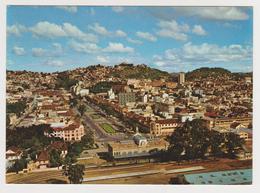 1671/ TANANARIVE. Avenue De L'Indépendance (Gare / Railway Station). - Non écrite. Unused. No Escrita. Non Scritta. - Madagascar