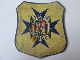 Rare! The Romanian Textile Patch/emblem/ecusson Of Străjer/guardsman/watchman From The 30s,size=85 X 75 Mm - Scouting