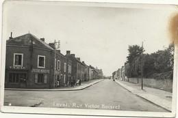 53  LAVAL   CARTE  PHOTO   RUE  VICTOR  BOISSEL  (  TABAC   -  EPICERIE  MERCERIE  ) - Laval