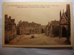 Carte Postale Locronan (29) La Place ,le Vieux Puits,Hotel Saint Ronan Et Eglise ( Petit Format  Non Circulée ) - Locronan