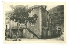 30 TREVES HOTEL SABIN BERTRAND COMMERCE PUBLICITE GARD - Autres Communes
