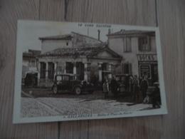 CPA 30 Gard Gallargues  Halles Et Place Du Marché Docks Autos Animée   BE - Gallargues-le-Montueux