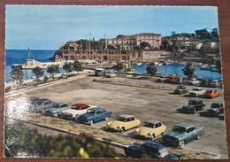 [ CITROËN ] CPM 06 Saint-Jean Cap-Ferrat, Le Port Et La Plage : 2 DS 19 Semblables + Autres Voitures. - Voitures De Tourisme