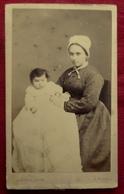 PHOTO Cdv FEMME ( NOURRICE ?) ENFANT - PHOTO DUVAL RUE ROYALE à TOURS INDRE ET LOIRE - Personnes Anonymes