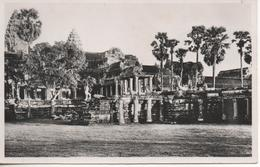 ANNAM PLACE DE THUA THIEN  HUE TOMBEAU DEL EMPEREUR DONG KHANH - Cambodia