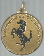 Ferrari, 2a Camminata Del Cavallino 1981, Mist. Dorata E Smaltata, Gr. 18, Cm. 3,5. - Italy