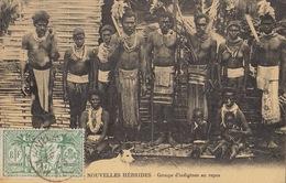 Nouvelles Hebrides Groupe D'indigènes Au Repos - Vanuatu
