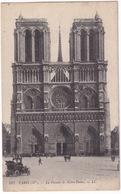 Paris (IVe):  OLDTIMER VOITURE BRASS ERA CAR +/- 1905 - La Facade De Notre-Dame - Toerisme