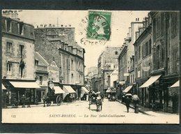 CPA - SAINT BRIEUC - La Rue Saint Guillaume, Animé - Attelages, Automobile - Saint-Brieuc