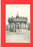 59 BERGUES Cpa KIOSQUE Place De La République  Edit Boubert - Bergues