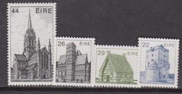Irlanda - Monuments / Buildings Set MNH - Monumenti