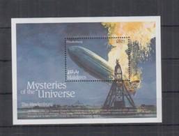 D647. Maldives - MNH - Transport - Aviation - The Hindenburg - Mysteries - Avions
