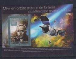 T647. Guinea - MNH - 2010 - Space - Telescope Habble - Edwin Habble - Bl - Space