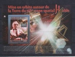 T647. Guinea - MNH - 2010 - Space - Telescope Habble - Bl - Space