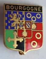 Ancienne Broche Insigne émaillée Bourgogne Blason Armoirie - Obj. 'Souvenir De'