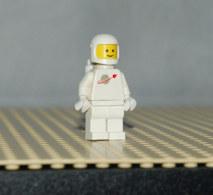 Lego Personnage Space Casque Blanc Logo Space Et Réservoir Air Ref Sp006 - Lego Technic