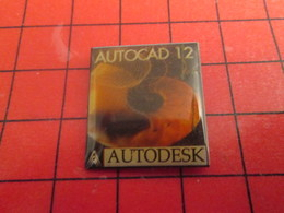 312a Pin's Pins / Beau Et Rare / THEME : INFORMATIQUE / AUTOCAD AUTODESK - Informatique