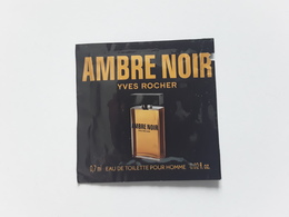 "YVES  ROCHER   "" AMBRE NOIR   ""   Pochette Parfumée ! - Perfume Cards"