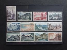 FRANCIA Anni '50 - Lotticino 12 Francobolli Nuovi ** + Spese Postali - Nuovi