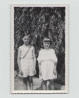 Photo ( 11 X 7 Cm ) Enfants Dans Un Jardin Annotée Maisons-Alfort 1935 - Personnes Anonymes