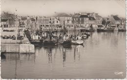 R :  Manche : Saint  Vaast  La  Hougue : Le  Port  , Bateaux  De  Pêche - Saint Vaast La Hougue