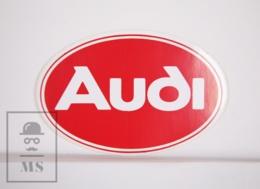 Sticker - Audi - Automobile / Auto - Red Background - 9,5 X 6,5 Cm - Autocollants