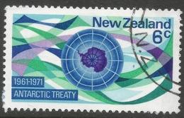 New Zealand. 1971 10th Anniv Of Antarctic Treaty. 6c Used. SG 955 - New Zealand