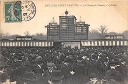 95-ENGHIEN-LES-BAINS- LE CHAMP DE COURSES L'AFFICHAGE - Enghien Les Bains