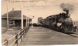 Weyburn - C.P.R.  Station - Steamtrain - Stoomtrein - Bloom Brothers - C - Saskatoon